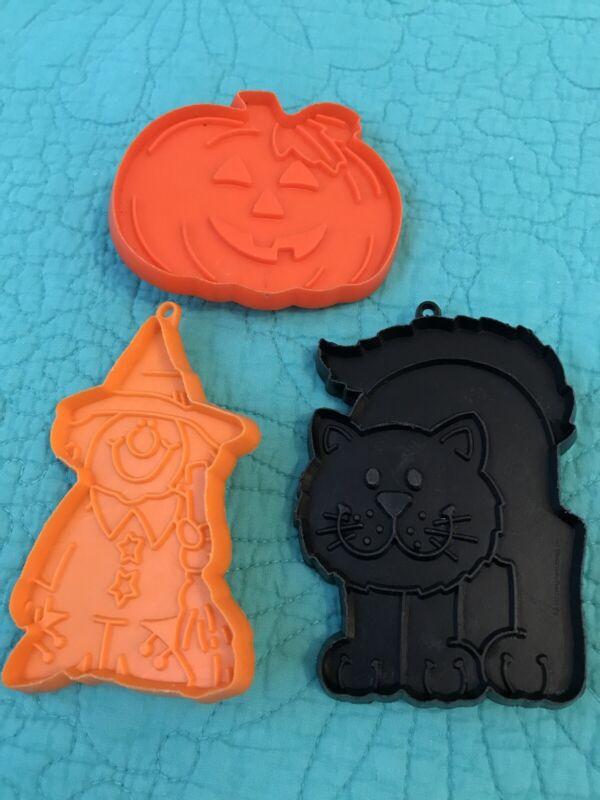 3 VTG Hallmark Plastic Cookie Cutters•Cat•Pumpkin/Jack-O-Lantern•Witch~1979 🎃