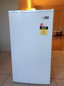 Bar Fridge - Excellent condition Hornsby Hornsby Area Preview