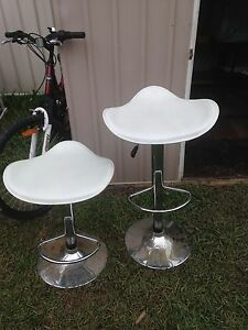 Free Bar stools Bulli Wollongong Area Preview