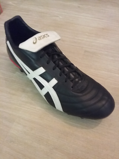 *BRAND NEW* asics football boots lethal testimonal