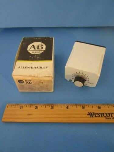 1 Allen Bradley NIB Bulletin 700-HT12AA1 10 Sec Time Delay Relay 120V 8 Pin NEW