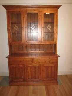 Dining Room Or Kitchen Display Cabinet And Hutch