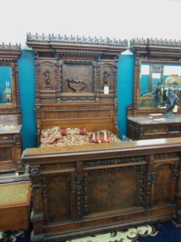 Victorian 3 pc Bedroom set New York Exposition Walnut Burl Great Carvings