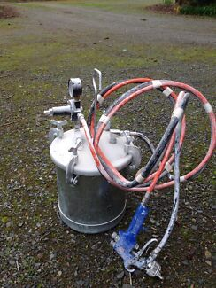 Paint Bucket & Spray Gun Mount Barker Mount Barker Area Preview