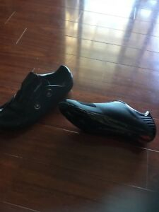 Outdoor cycling shoes size 43.5