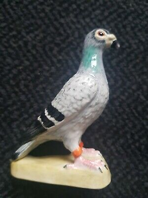 BESWICK Pigeon Figure with Box