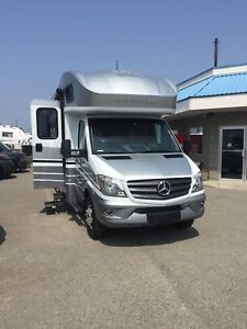 Brand New 2018 Winnebago View 23J