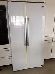 LG large refrigerator/freezer Wallacia Liverpool Area Preview