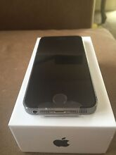Iphone 5s 16gb unlocked space gray Eagleby Logan Area Preview