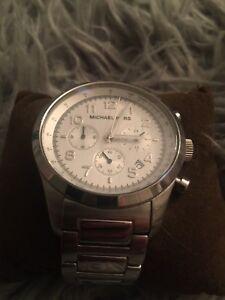 Michal kors women's designer watch