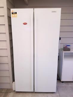 Westinghouse fridge/freezer