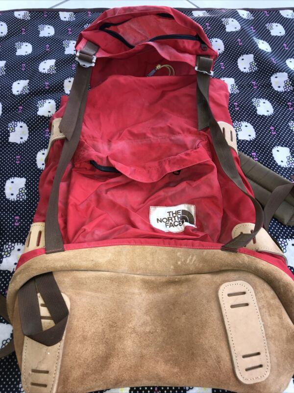 VTG 80s North Face Leather Bottom Cinch Backpack Distressed Brown Label Frame
