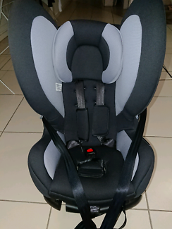 0 - 4 year old Baby Love car seat