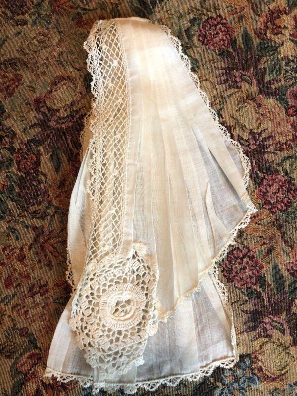 ANTIQUE VICTORIAN Bobbin Lace, Irish Crocheted Fine Linen Collar Bib Jabot RBG!