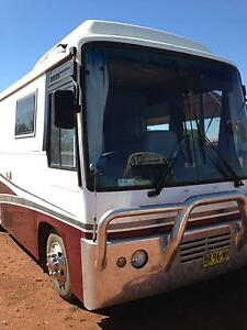 1987 Hino Motorhome  Braun Lifter for wheelchair access Nyngan Bogan Area Preview