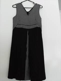 Maternity dress Size 8/10