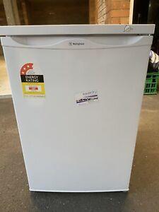 Westinghouse 91L Bar Freezer WFM0900WD
