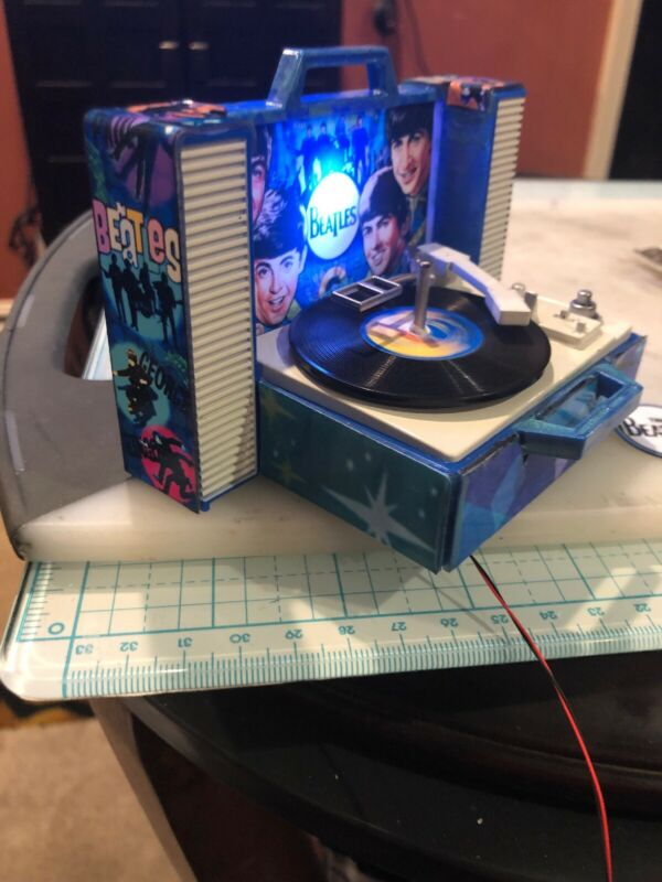 """""""Motorized""""  Record Player for The Beatles Pro/Premium/Le Pinball Machine"""