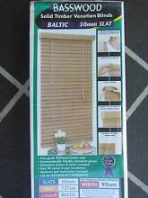Basswood Solid Timber Venetian Blind 90cm x 137cm Maryborough Fraser Coast Preview