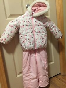 18-24 mos snow suit EUC