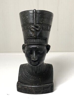 Vintage Iconic Statue Of Egyptian Queen Nefertiti Heavy Piece