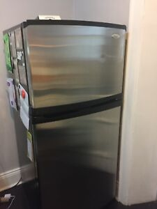 Stainless steel whirlpool gold refrigerator
