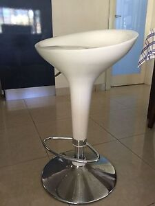 Kitchen Bar Stool white Hydraulic GREAT CONDITION Carlton Kogarah Area Preview