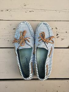 Womens sperry boat shoes blue stripes