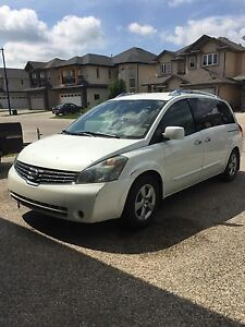 Nissan Quest 2007 Van ( white )