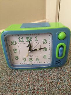 Used alarm clock in working very well