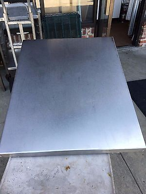 Very Nice Stainless Steel Dining Tables For Restaurant Bar Mancave Heavy Duty