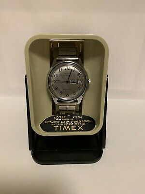 Vintage Timex Automatic Water Resistant Day Date Mens Watch NOS Running