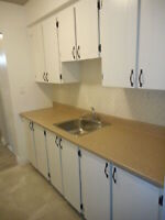 2 BDRM AVAILABLE May 1st