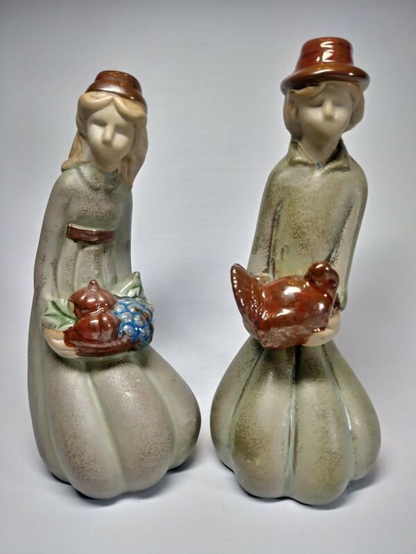 Thanksgiving Stoneware Pilgrim Couple Figurines Kneeling Fall Autumn Harvest