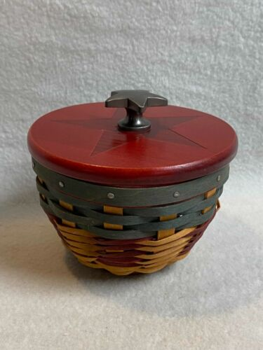 Longaberger (2008) Small Round All American Bowl Basket with Wood Star Lid