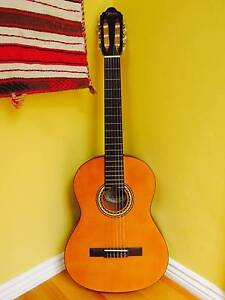 VALENCIA CLASSICAL ACOUSTIC GUITAR (LEFT HANDED) Sydney Region Preview