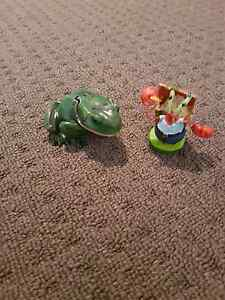 Frog bubbler and Mr crabs ornament Tapping Wanneroo Area Preview