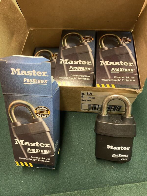 Master Lock Pro Series 6121 Outdoor Padlock High Security All Weather NEW