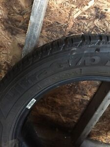 Goodyear ultragrip 235/55 r18