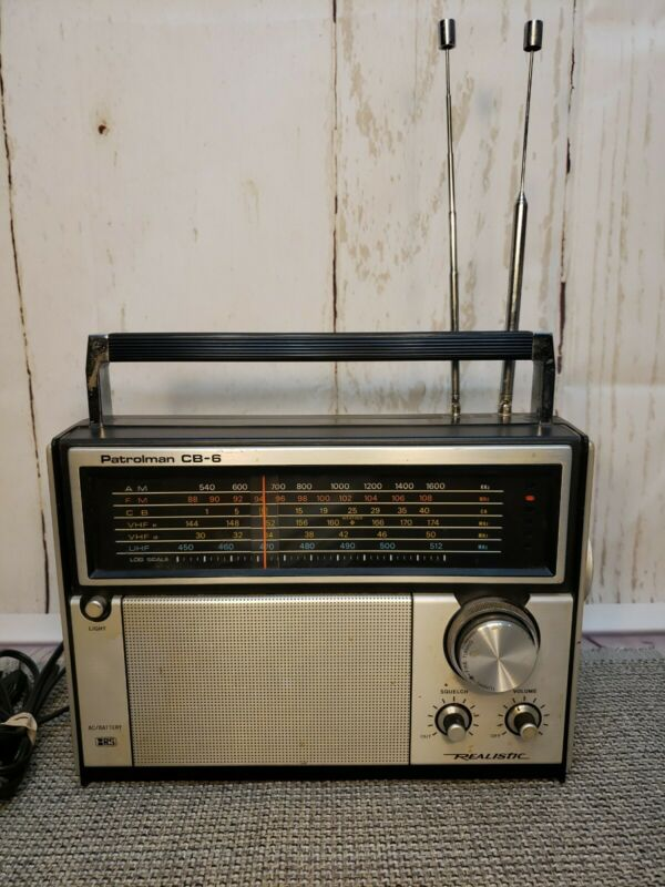 Vintage Radio Shack Realistic Patrolman CB-6 Radio Read Description