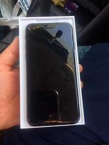 Iphone7 128 gb black one month old Logan Central Logan Area Preview