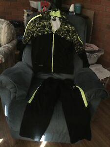 Russell boys sweater and pants size 10-12