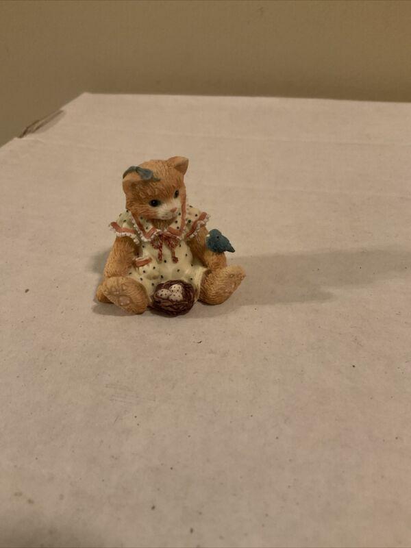 """ I LOVE SPRING Calico Kittens Enesco Mini Figurine 1995 155578 No Box"