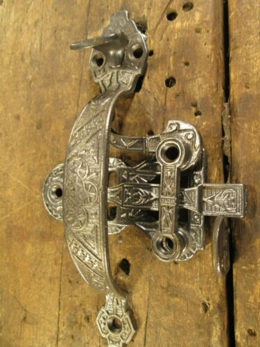 ANTIQUE  VICTORIAN  COTTAGE  DOOR  HANDLE  THUMB  LATCH