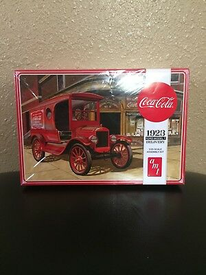 New in Box Coca-Cola 1923 Ford Model T Car Model