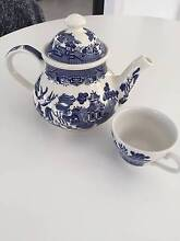 Churchill Teapot + free matching teacup Dudley Lake Macquarie Area Preview