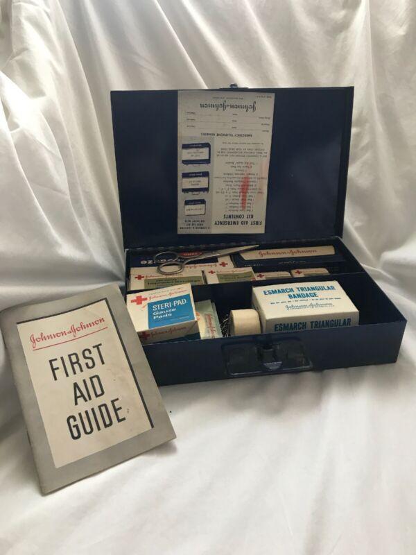 Vtg 1942 Johnson & Johnson TIN FIRST AID EMERGENCY KIT Box W/ UNOPENED Contents