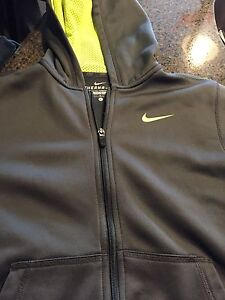 Nike Zippered Hoodie - Size YL