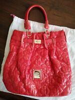ff09366af4 Borsa BLUGIRL BLUMARINE color rosso corallo in pelle, con manici, dettagli  oro.