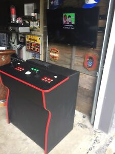 Arcade with over 8000 games